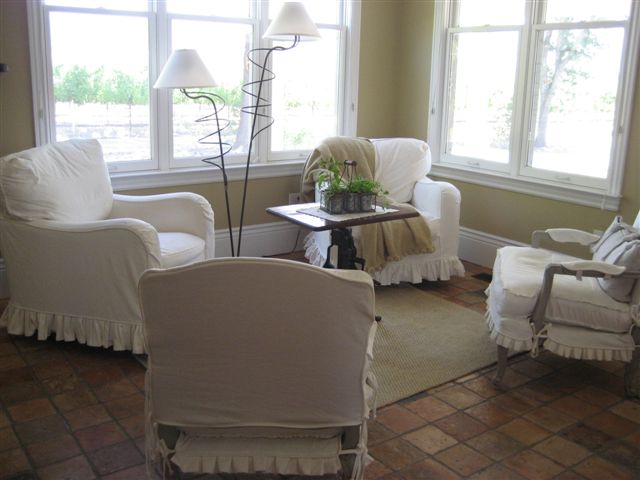 Windsor CA Custom Slipcovers